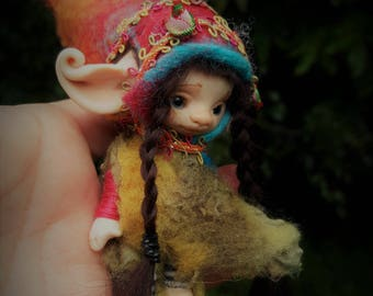 sweet  ooak posable fair skin  tiny   fairy fairie fae