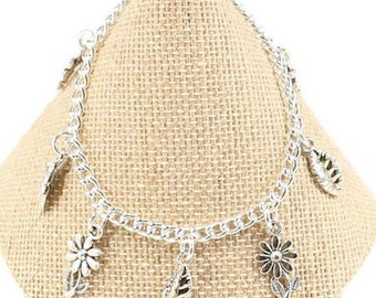 Girls Flower Bracelet Girls Jewelry Girls Silver Bracelet Girls Birthday Gift Girls Charms for Girls Flower Charm Daisy Bracelet G34