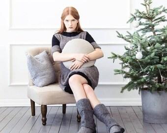 Knit pillow - chunky knit pillow - scandinavian style knit pillow cover - hand knitted cushion case, arm knit pillow, backrest pillow,