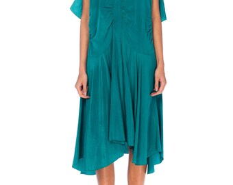 1920s Green Silk Dress With Bias Skirt Size: S