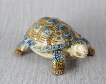 Ceramic Wade Tortoise Figurine Trinket Box with Lid Brown Blue Made in England 2 Part