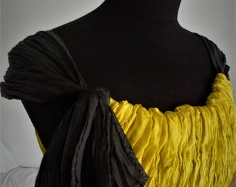 Yellow tunica or wrinkled summer  dress