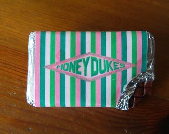Harry Potter Inspired Honeydukes Opened Chocolate Candy Pin Badge Wizard Witch Choc Bar Brooch Lapel Jewelry Miniature