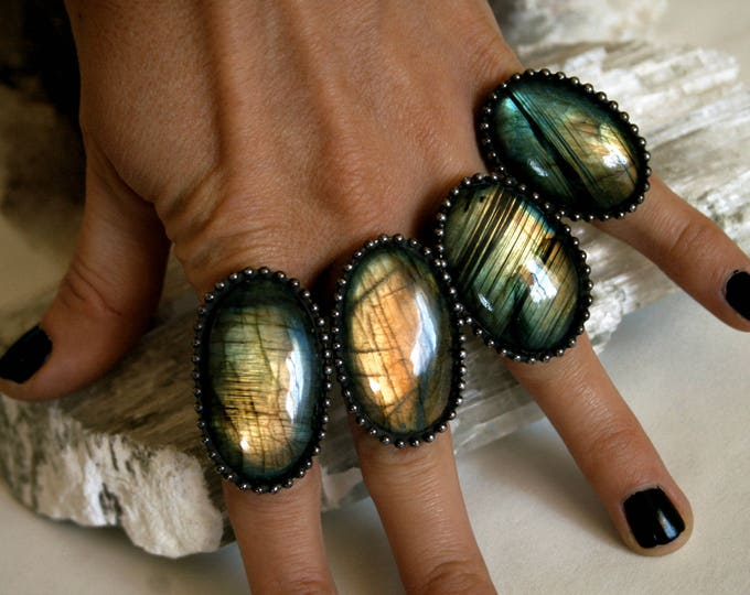Large Labradorite Round Ring