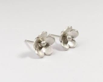 Silver Flower Earrings - Delicate Earrings - Flower Jewelry for Bridesmaids - Dainty Stud Earrings - Flower Stud Earrings - Nature Earrings
