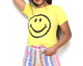 Vintage 90's Smiley Face Graphic Tee Sz S