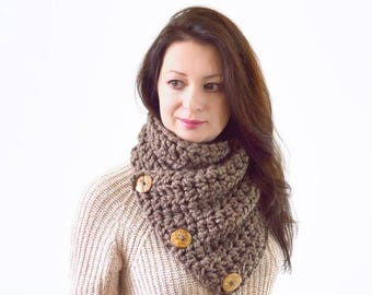 SALE Crochet Chunky Neck Warmer Cowl Scarf with Three Natural Coconut Shell Buttons | The North Bay
