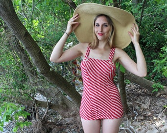 Vintage 1 Piece SWIMSUIT Knit Red & White SwimWear Women's Retro 50s Modest Skirt Pearlized Buckles Bombshell Bathing Suit Size Small Medium