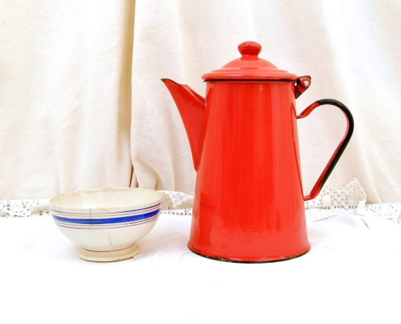 Large Vintage Red Enamel Coffee Pot with Short Spout and Black Handle, French Enamelware Cafetiere, French Country Farmhouse Kitchen Decor