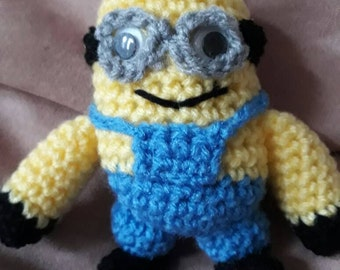 Handmade crochet small minion soft toy character,minion plushie,small stuffed toy minion