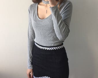 Embroidered wave mini skirt | minimalist , embroidery , black skirt , short skirt , tight skirt