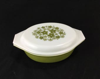 Vintage Pyrex Spring Blossom Green Oval Baking Dish * Crazy Daisy 4 quart Covered Casserole Dish