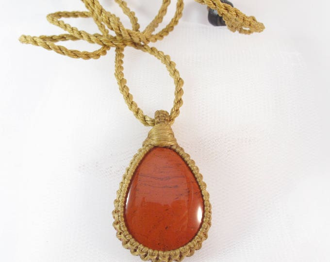 Jasper healing stone macrame pendant