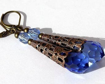 "Stud Earrings in bronze with blue faceted glass drops: ""Blue luma"""