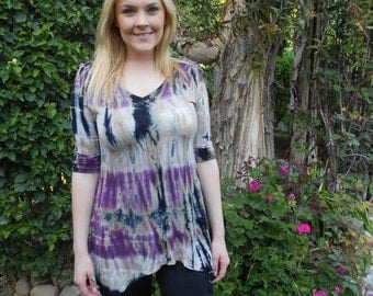 Plus Size top, Tie dye top, Plus Size Tunic, Tie Dye, Plus Size Clothing, XS S 2X 3X, lavender/biege/black, V neck