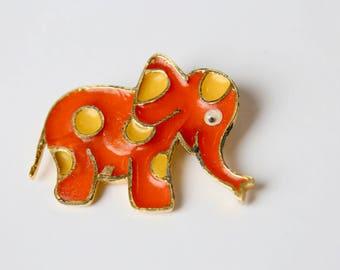 1950's RARE Novelty Mr. We Elephant Brooch