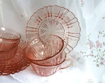 Vintage 1930s, Depression Glass Cup and Saucer Set in Old Cafe-Pink by Anchor Hocking