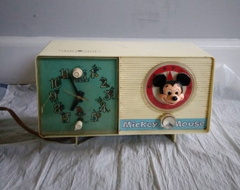 GE Mickey Mouse Clock Radio  by youth electronics model C2419A