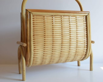 Vintage retro wicker rattan magazine/paper holder rack
