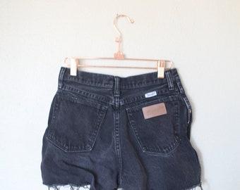 vintage 1980's distressed black cut off wrangler western jean shorts 26