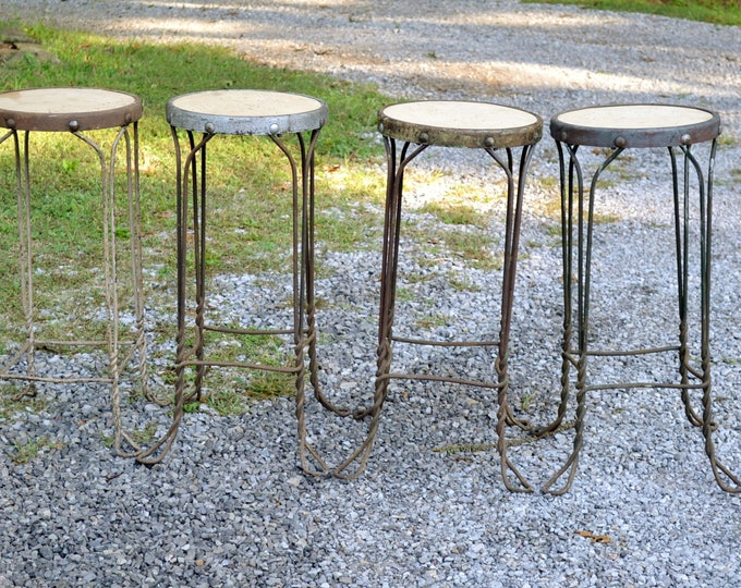 Vintage Metal Ice Cream Parlor Stool Twisted Iron Wire Wooden Seat Kitchen Bar Stool Chair Farmhouse Chic PanchosPorch