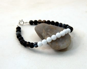 Unisex Agate Banded Black and White Onyx Beads Bracelet, Mens Beads Agate Black and White Onyx Bracelet with Sterling Silver Bracelet
