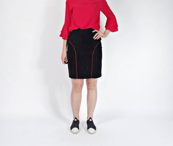 80s Modas Anabel red lines black suede skirt made in Spain / size L