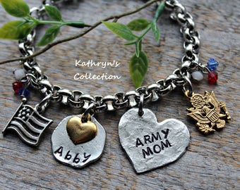 US Army Bracelet, Army Wife, Army Mom, US Armed Forces, Military Mom, Army Strong, Love My Soldier, Read Full Listing Details
