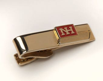 """Vintage Tie Bar Clip by Robbins Co Attleboro MA  """"NH"""" Advertising design Novelty Item gold tone  #397"""