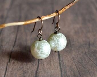 Wedding Earrings, White Floral Wedding Earrings, Bridesmaid Earrings, Vintage Earrings, Romantic Earrings, Gift For Her,Gift Under 20 Dollar