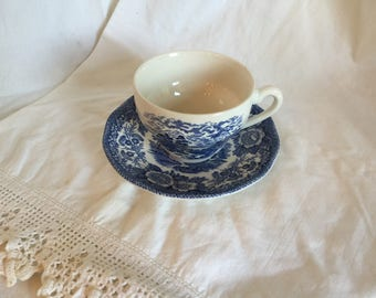 """Vintage Cup and Saucer Lochs of Scotland, """"Loch Oich"""" Royal Warwick, England"""