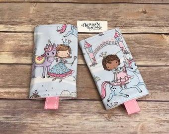 PRINCESS & UNICORN Drool Pads. Princesses. Unicorns. Tula Accessories. Lillebaby Accessories. Kinderpack. Ergo. Beco. Boba. Pikkolo. Bjorn.