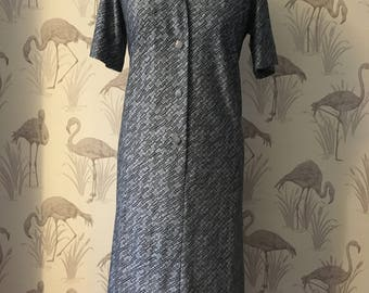 Vintage 1980s day dress, retro geometric print, grey, silver black colour, shirt dress, casual, slouch fit, large