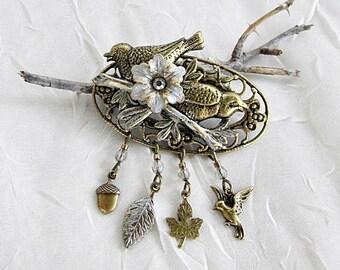 Bird Brooch, Bird Themed Pin, Brass Birds Brooch, Oval Bird Brooch, Birds with Charms Pin, Nature Brooch, Woodland Pin, Two Birds Pin, Birds