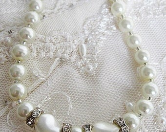 Pearl Necklace, Pearl Jewelry, Ivory Glass Pearls, Pearl and Rhinestone Necklace, Wedding Jewelry, Bridal Necklace, Pearl Circlet Necklace