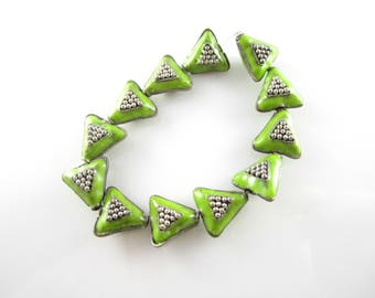 Green Silver Puffy Enamel Triangle Beads Lime Green Silver Enamel Triangle Beads Silver Triangle Enamel Beads 14x13mm (1 pc) 6V35
