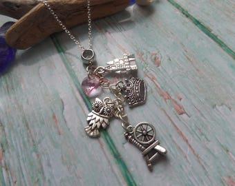 Sleeping Beauty necklace, princess necklace, princess gift, princess party bags, princess favors, aurora jewelery, princess jewellery
