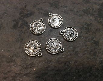 Om charms package of 5 charms perfect for adjustable bangle bracelets Beautiful Quality Yoga charms Round Om charms