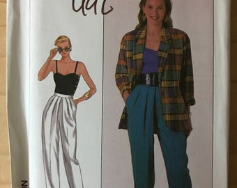 Simplicity 8678 - 1980s Sung Sport Loose Fitting Notched Collar Jacket, Fitted Camisole with Side Buttons, and Front Pleated Pants - 12