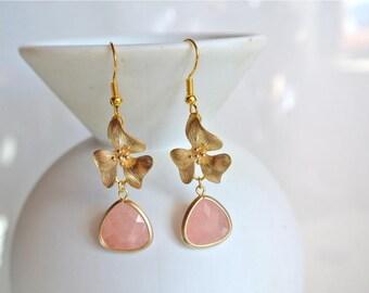 Pink Earrings, Babypink Earrings, Flower Earrings, Dangle Earrings, Elegant Earrings, Spring Jewelry, Gift For Her, Gold Earrings, Peach