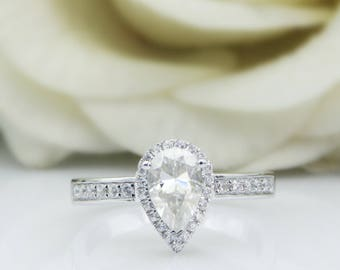 AHBogem 1.0CT Pear Cut F Color Moissanite Center,14K Solid White Gold,Halo Design Engagement Ring,Wedding Ring (R0011)