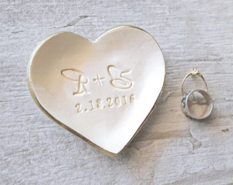 PERSONALIZED RING DISH cursive initials ring holder, engagement ring plate, wedding ring tray, gold heart jewelry tray, bridal shower gift