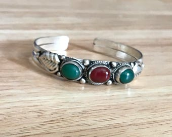Ethnic Coral Green Bloodstone Ying Yang Cuff Bracelet