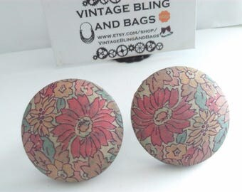 HUGE 3.8cm vintage fabric earrings, vintage statement earrings, 1980s earrings, 1980s clip on earrings, earrings, flower fabric earrings