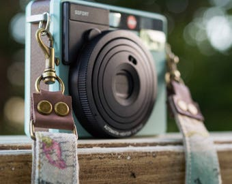 Camera Strap Custom for DSLR - Mirrorless and Film Camera - Vintage World Map - Quick Release - Hand Made to order - Handbag *FREE SHIPPING*