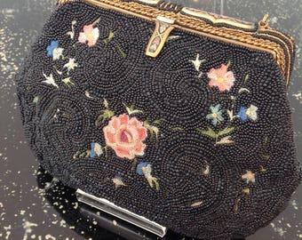 1920s beaded purse bag Point de Beauvais embroidered enamelled frame Art Deco vintage antique