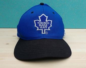 Vintage 90's Toronto Maple Leafs Starter Snap-back hat