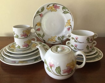 "Pillivuyt fine porcelain floral dinner set for two Made in France ""Art Nouveau"" pattern 13 pieces Vintage porcelain"