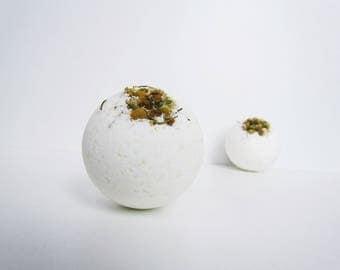 Be Calm Chamomile Bath Bomb