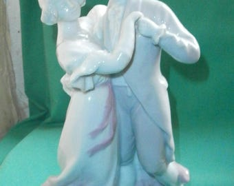Gebr. Heubach, dancing couple figurine/ gl. porcelain/China/antique/Germany